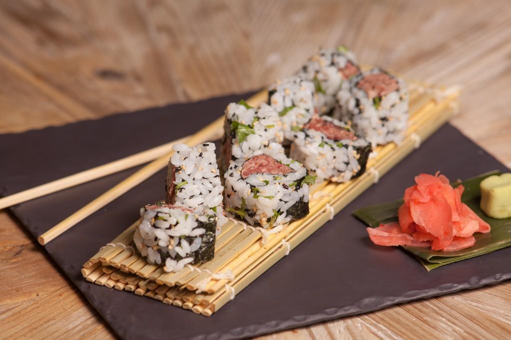 en Juanita Cruz el sushi es de roast beef