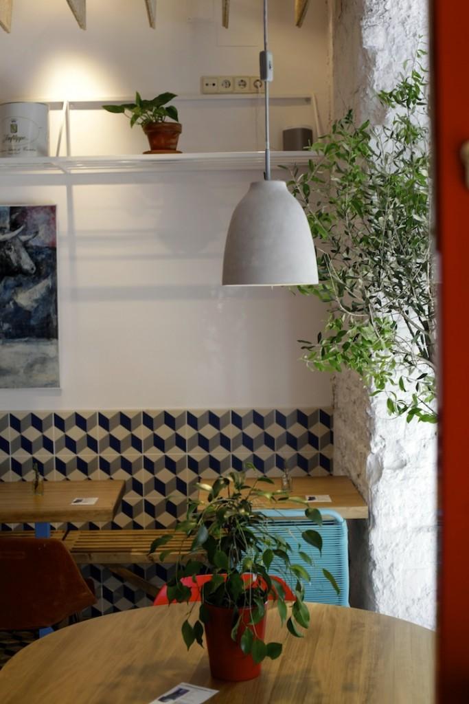 El interior de Taberna Pedraza tiene apenas 60 metros cuadrados.
