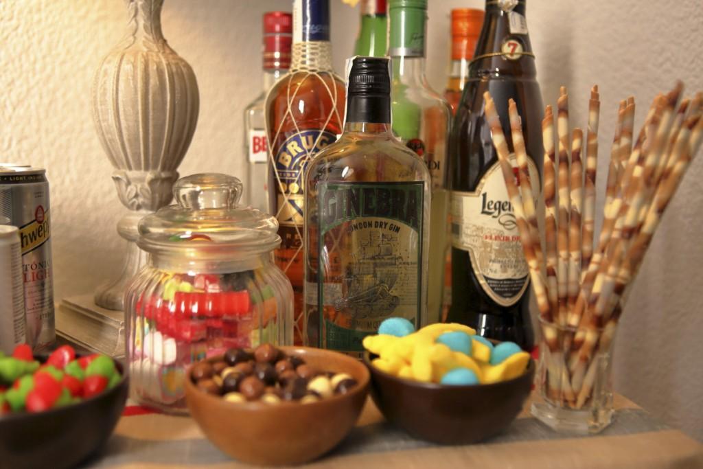 La ginebra Petra Mora, de sabor herbal, se puede adquirir en su tienda de XX o por la Web