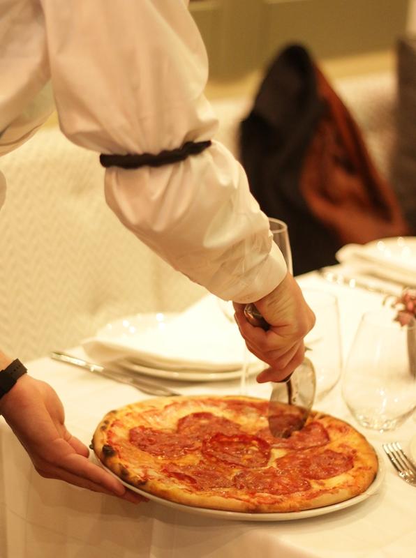 Pizza. Restaurante El Imparcial. ®Lucía M Photography