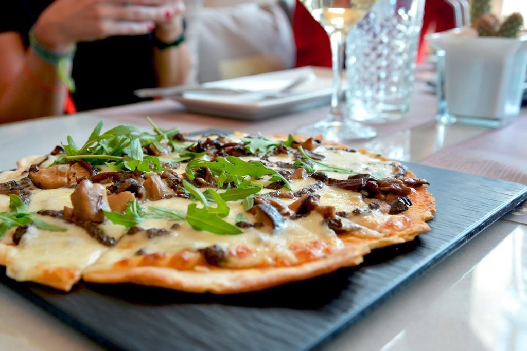 Pizza de boletus. Wanda Café