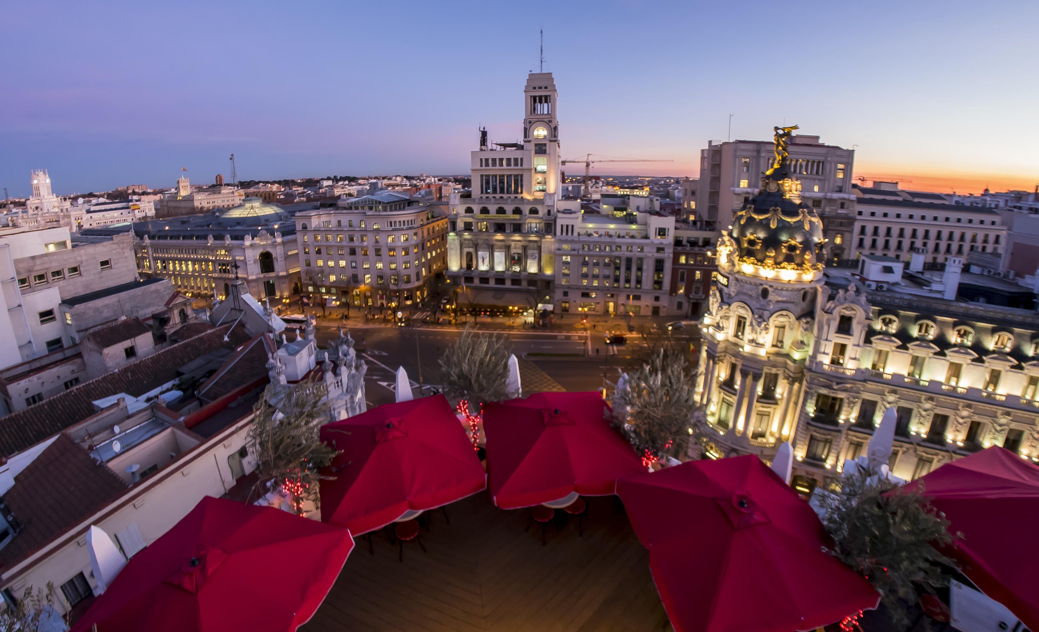 Las 5 nuevas terrazas de hoteles en madrid lagastronoma com for Hoteles vanguardistas en madrid