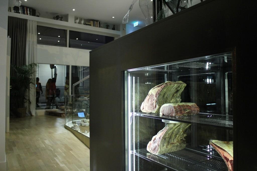 La carne de SQD está expuesta como si fuese objeto de lujo ©LAGASTRONOMA