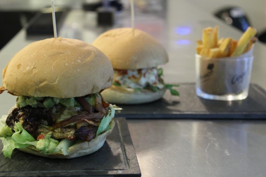 Las hamburguesas de Anauco han llegado a Madrid para quedarse. Deliciosa la versión que toma el mismo nombre del local ©LAGASTRÓNOMA