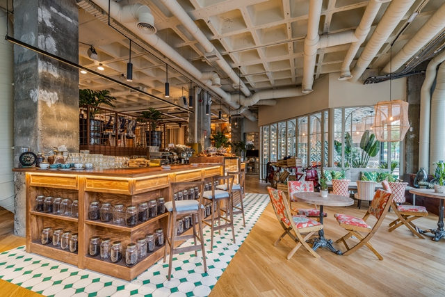 El restaurante Perrachica de Madrid esconde diversos rincones que descubrir