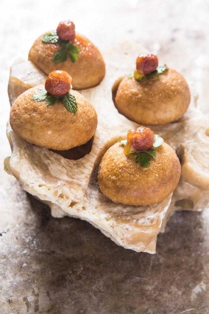 Delicioso pan de leche servido como snack en el menú Mallorca