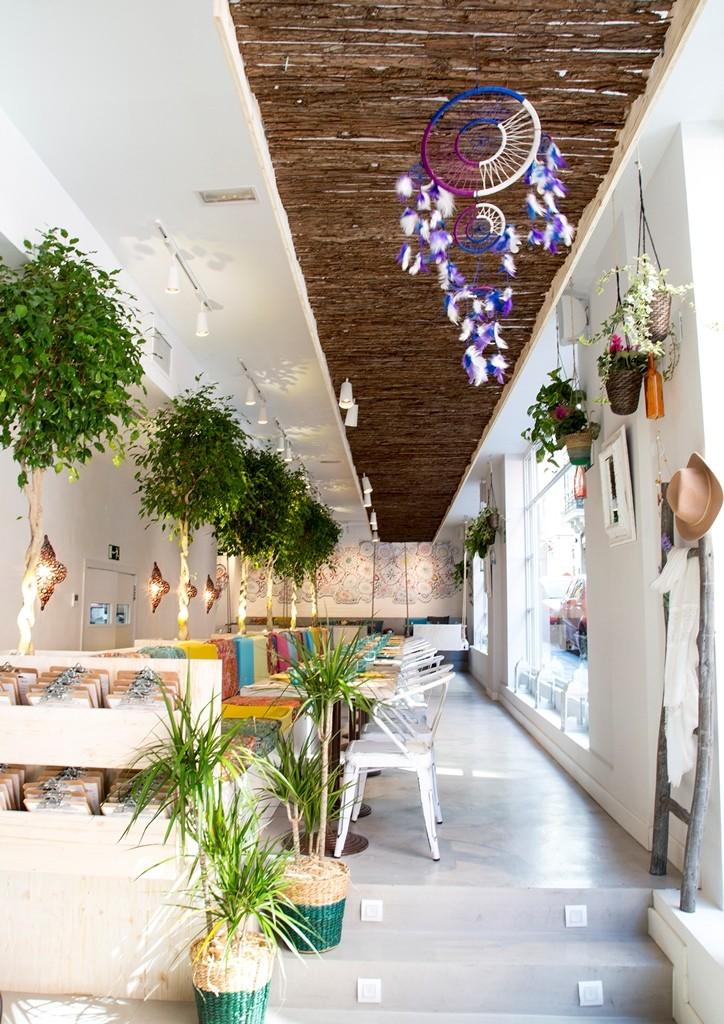 La decoración de Boho Bar es eclética pero a la vez, todo está pensado
