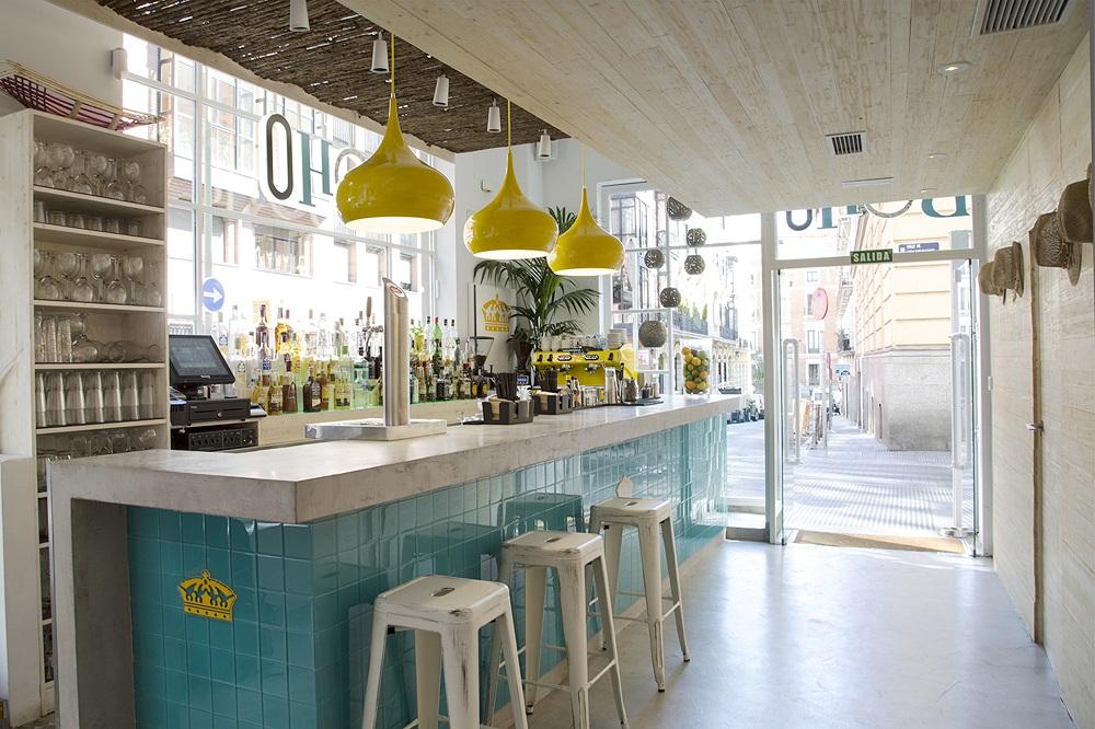 Boho Bar tiene horario non stop y se adapta a cada momento del día, hasta las 2am