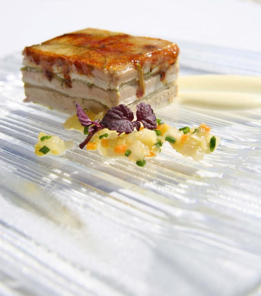 Las milhojas es uno de sus platos más reconocidos. Restaurante El Lago