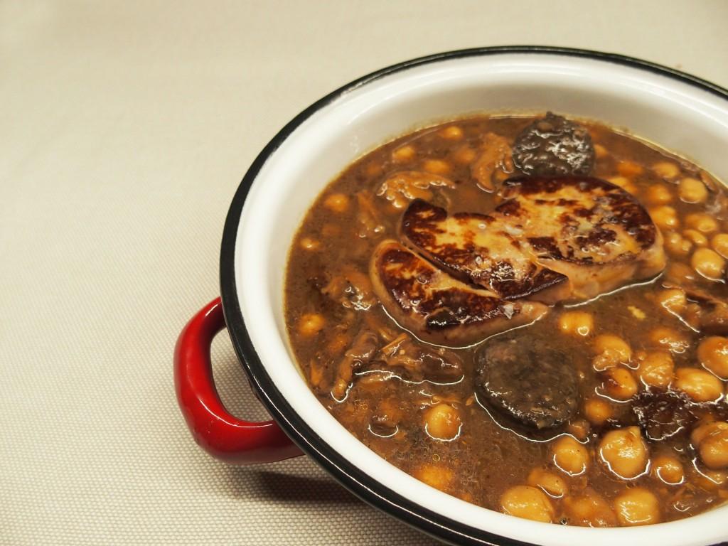 La Raquetista propone recetas tradicionales reversionadas, como estos garbanzos