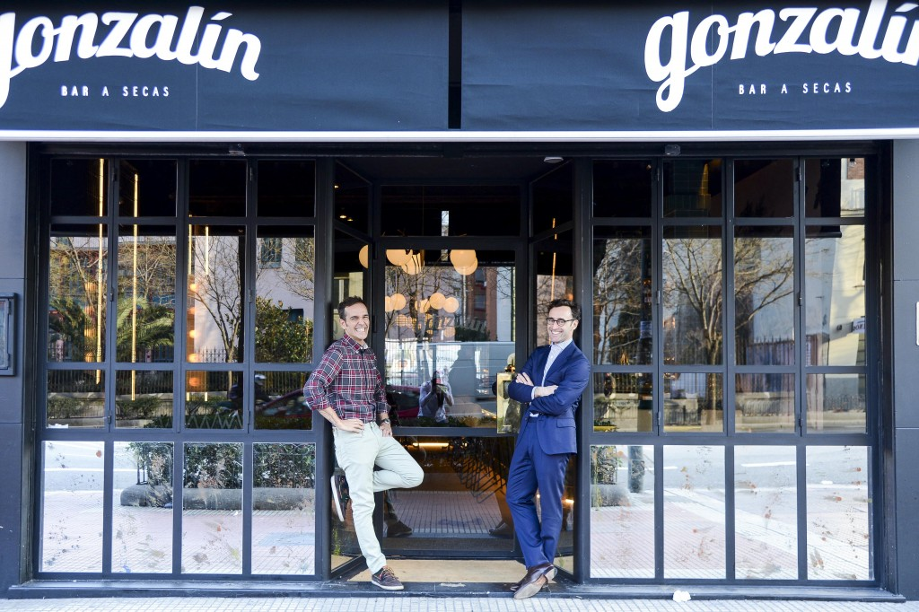 """Arturo y Álvaro, propietarios de Gonzalín, bar """"a secas"""""""