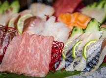 Algunos ejemplos de platos sashimi son el sashimi moriawase con variedad de pescados. Restaurante Enso Sushi