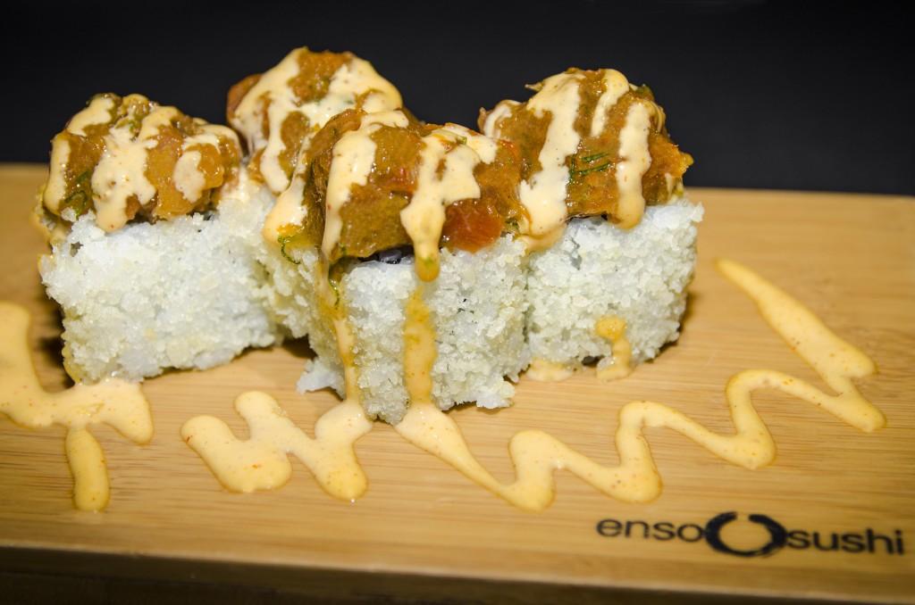 Uramaki de atún picante. Restaurante Enso Sushi
