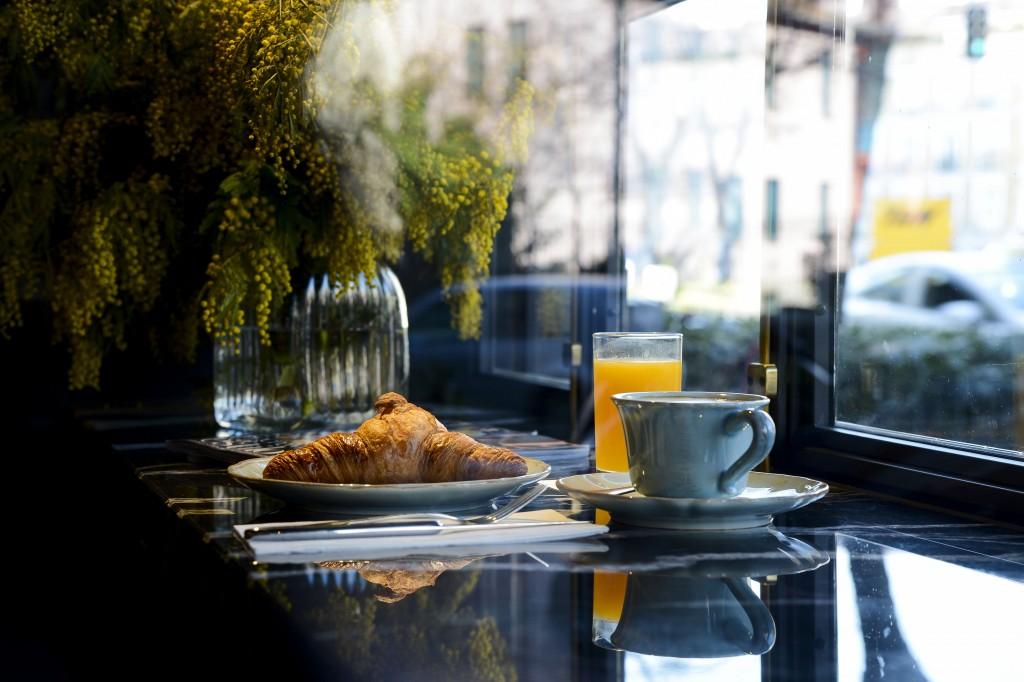 "Desayuno de Gonzalín, bar ""a secas"""