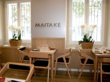 Comedor interior del restaurante MAITAKE