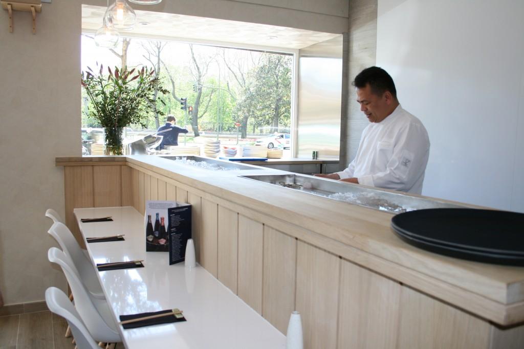 Noel, el chef, aporta su expertise proveniente de Banzai