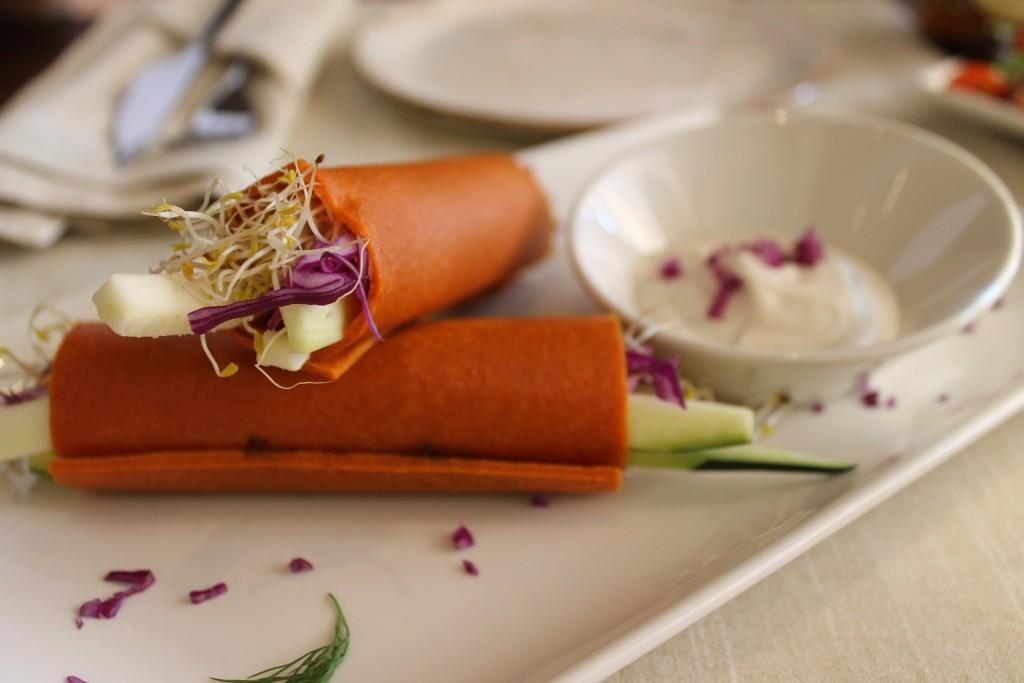 Los Veggie Roll de Levél, unas láminas deshidratadas con un mix crujiente de verduras y paté forestal