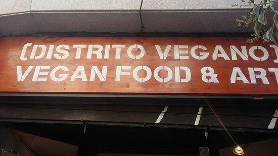 Fachada de Distrito Vegano