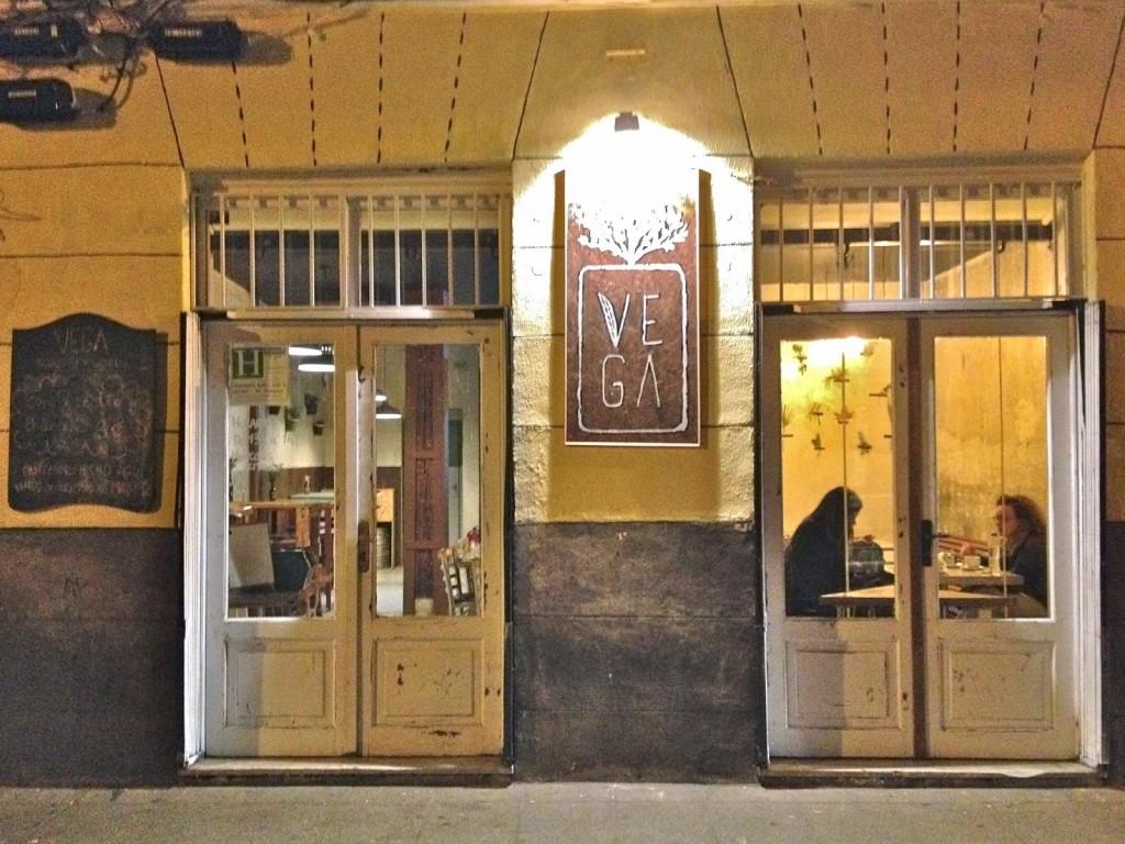 Fachada del restaurante Vega