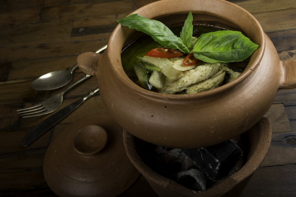 Khen Piaw Wang Kai o Pollo al curry verde del nuevo Thai Garden