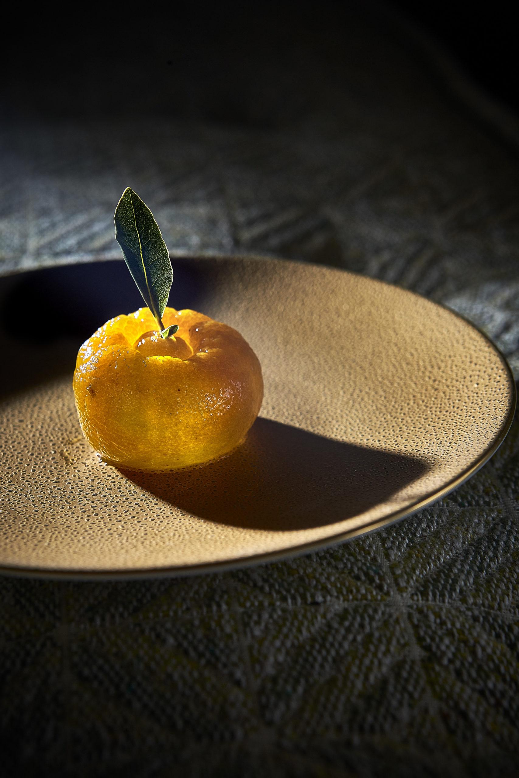 """Limón, con """"ganache"""" cítrica y confitura de Bergamoto de Hortensio"""